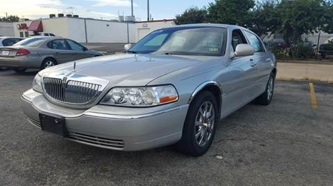 2006 Lincoln Town Car for sale at Bad Credit Call Fadi in Dallas TX