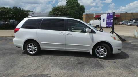 2005 Toyota Sienna for sale at Bad Credit Call Fadi in Dallas TX