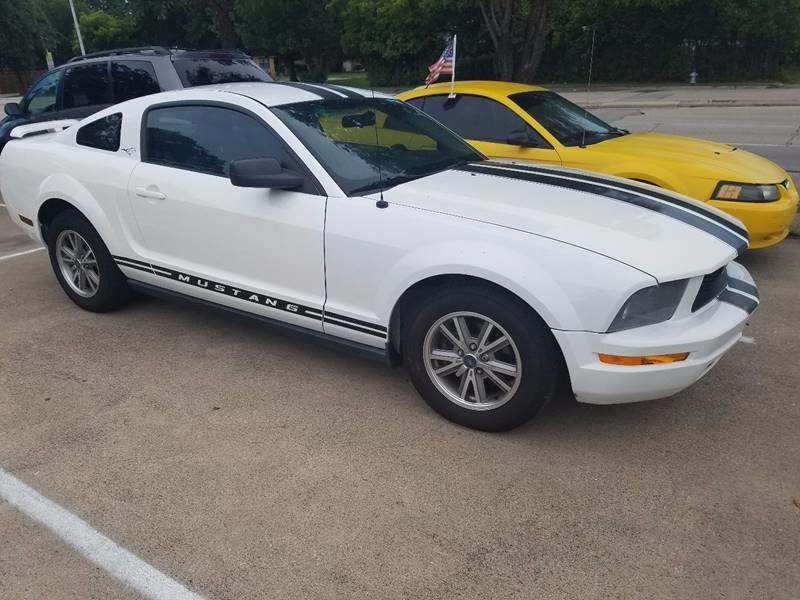 2005 ford mustang v6 deluxe 2dr coupe in dallas tx bad credit call fadi. Black Bedroom Furniture Sets. Home Design Ideas