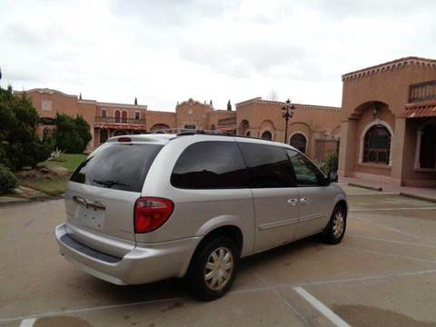 2007 Chrysler Town and Country for sale at Bad Credit Call Fadi in Dallas TX