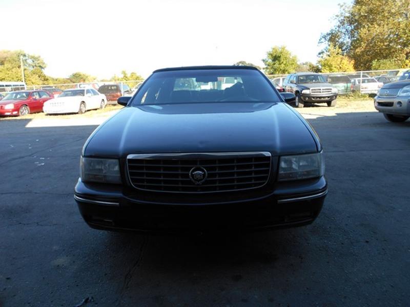 1997 Cadillac Deville car for sale in Detroit