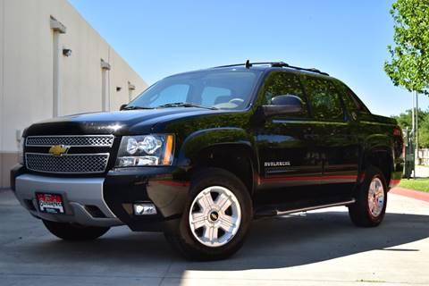 2013 Chevrolet Black Diamond Avalanche for sale in Victoria, TX