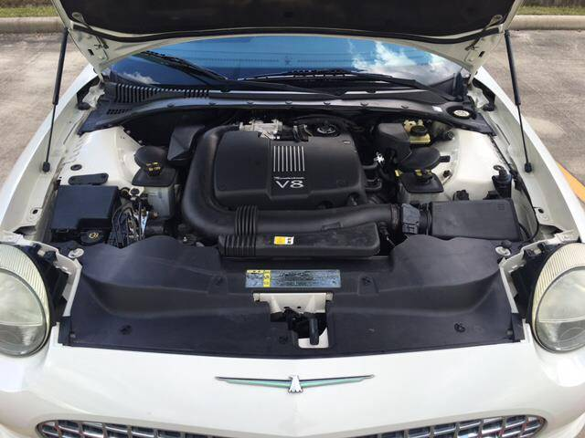 2002 Ford Thunderbird Deluxe 2dr Convertible - Victoria TX