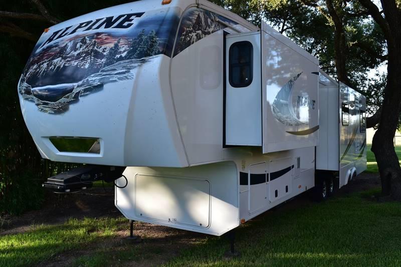 2011 Keystone Alpine 40 FT Chateau Package - Victoria TX