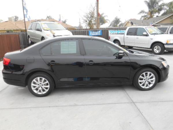 2011 Volkswagen Jetta for sale at Empire Auto Sales in Modesto CA
