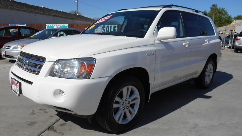 2006 Toyota Highlander Hybrid for sale at Empire Auto Sales in Modesto CA