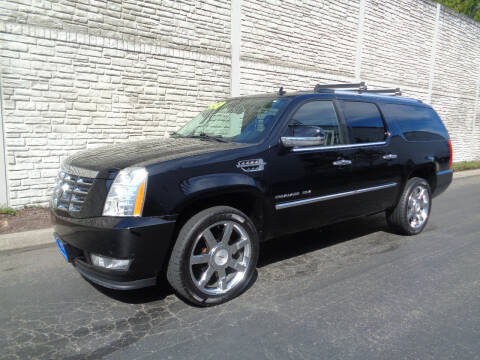 2011 Cadillac Escalade ESV for sale at Matthews Motors LLC in Algona WA