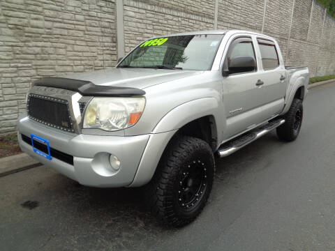 2006 Toyota Tacoma for sale at Matthews Motors LLC in Algona WA