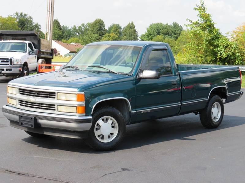1996 Chevrolet C K 1500 Series C1500 Cheyenne 2dr Standard