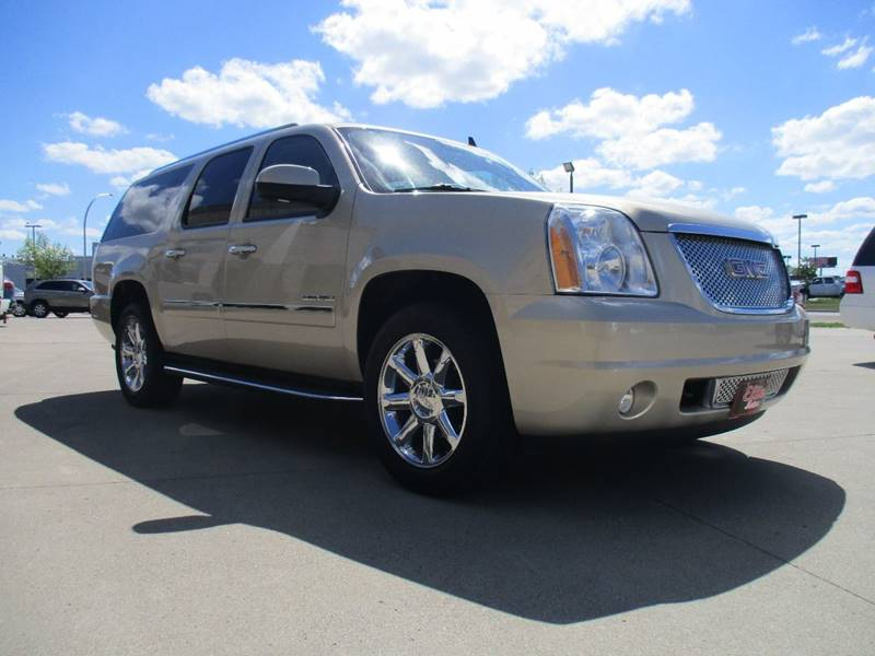 2010 GMC Yukon XL AWD Denali XL 4dr SUV - Fargo ND