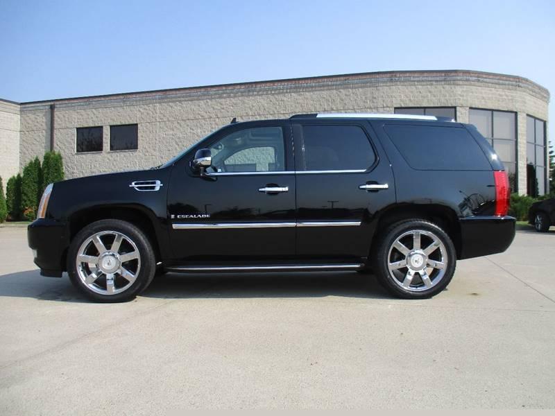 2009 Cadillac Escalade AWD 4dr SUV w/V8 Ultra Luxury Collection - Fargo ND