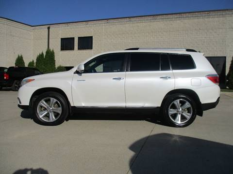2012 Toyota Highlander for sale in Fargo, ND