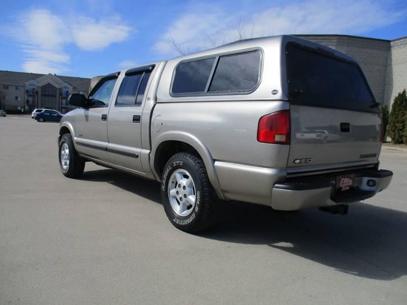 2003 Chevrolet S-10 4dr Crew Cab LS 4WD SB - Fargo ND