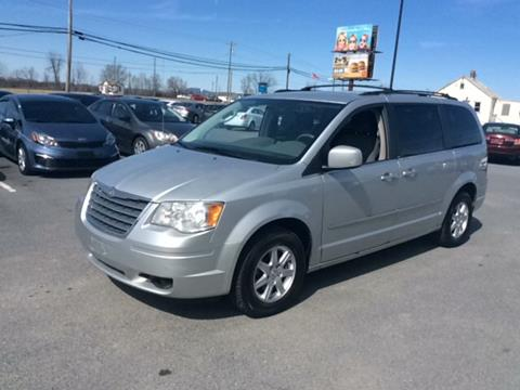 2010 Chrysler Town and Country for sale in Martinsburg, WV