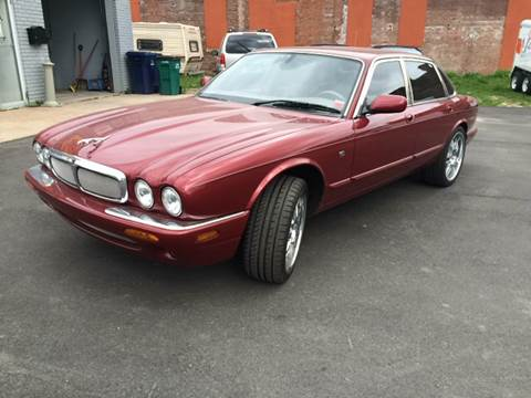 2001 Jaguar XJ-Series for sale at Everything Automotive in Tonawanda NY
