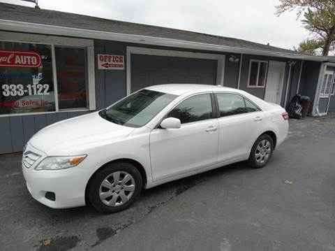 2011 Toyota Camry for sale at Royal Auto Sales, LLC in Algona WA