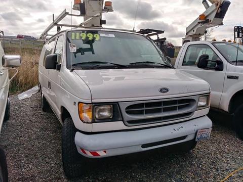 2000 Ford E-350 for sale at Royal Auto Sales, LLC in Algona WA