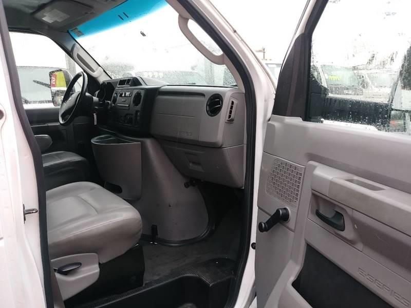 2011 Ford F-350 Super Duty 16'    E-3500 Ecoline Flex Fuel - Algona WA