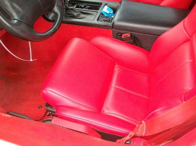 1995 Chevrolet Corvette Base 2dr Hatchback - Roaring Spring PA