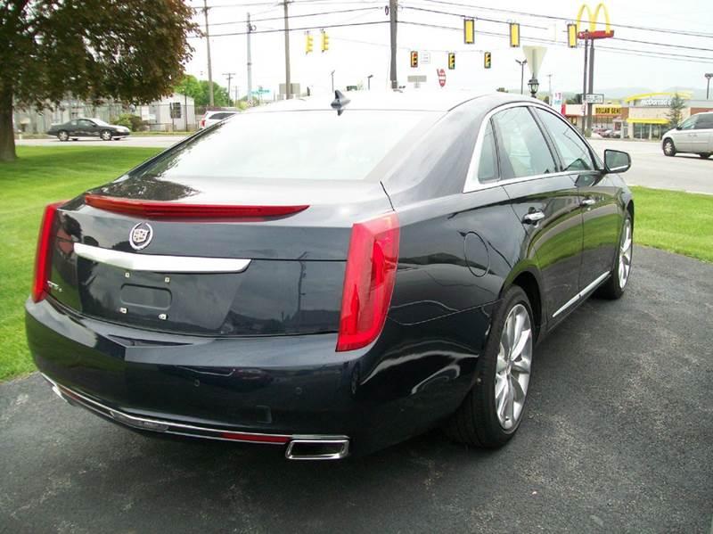 2013 Cadillac XTS AWD Luxury Collection 4dr Sedan - Roaring Spring PA