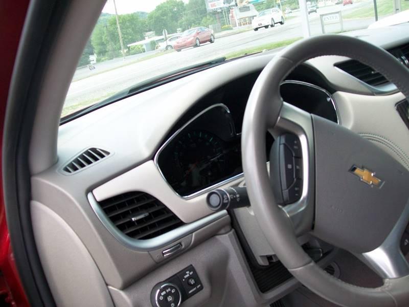 2013 Chevrolet Traverse AWD LT 4dr SUV w/1LT - Roaring Spring PA