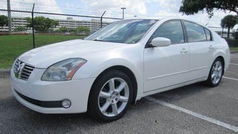 2004 Nissan Maxima for sale at Rosa's Auto Sales in Miami FL