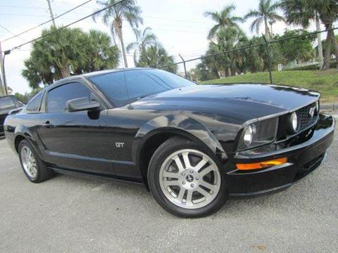 2006 Ford Mustang for sale at Rosa's Auto Sales in Miami FL