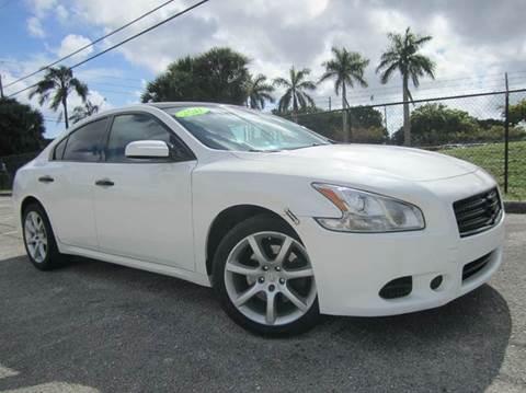 2011 Nissan Maxima for sale at Rosa's Auto Sales in Miami FL