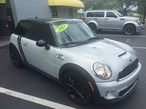 2011 MINI Cooper for sale at Rosa's Auto Sales in Miami FL