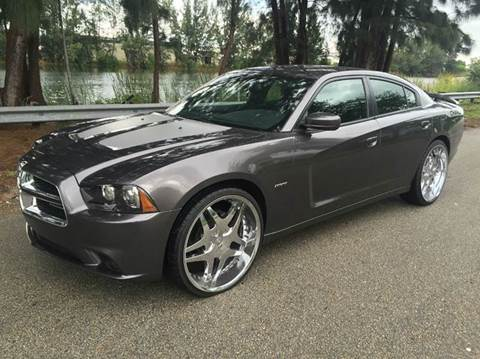 2013 Dodge Charger for sale at Rosa's Auto Sales in Miami FL