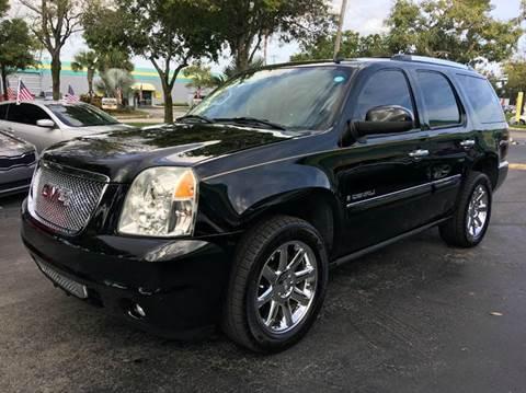 2007 GMC Yukon for sale at Rosa's Auto Sales in Miami FL