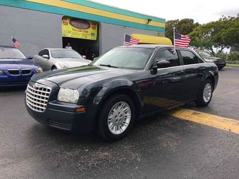 2007 Chrysler 300 for sale at Rosa's Auto Sales in Miami FL