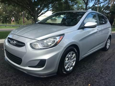 2012 Hyundai Accent for sale at Rosa's Auto Sales in Miami FL