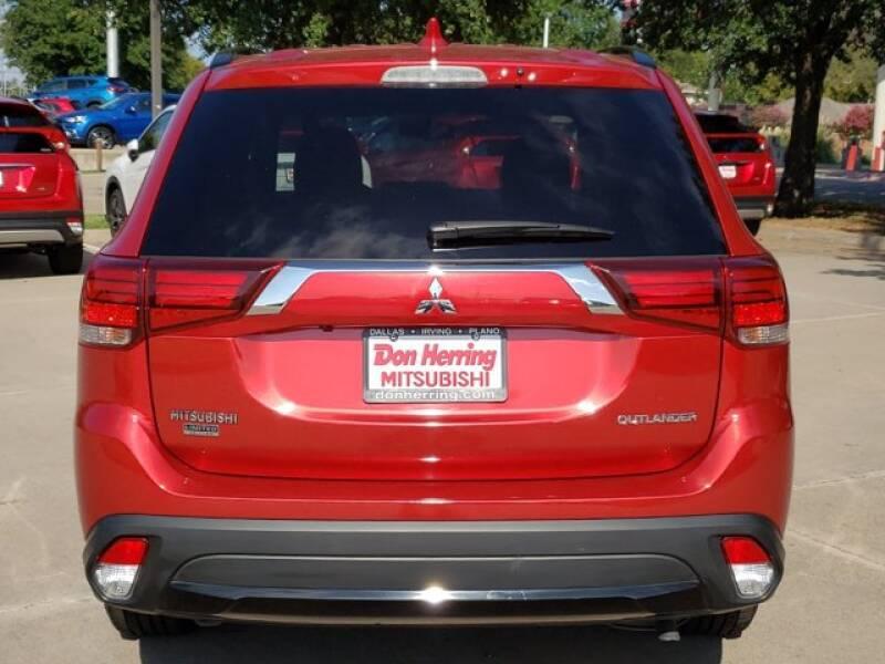 2018 Mitsubishi Outlander LE 4dr SUV - Plano TX