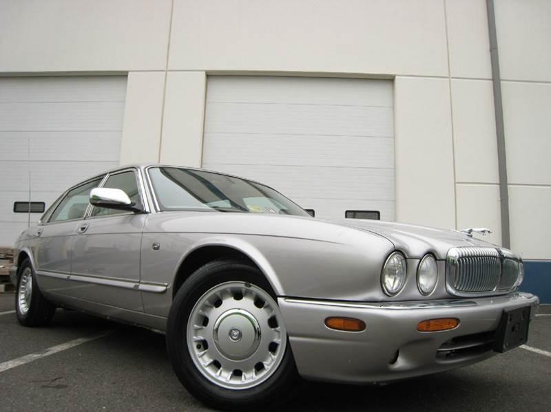 2000 Jaguar XJ Series Vanden Plas 4dr Sedan   Chantilly VA