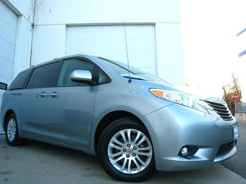 2014 Toyota Sienna for sale at Chantilly Auto Sales in Chantilly VA
