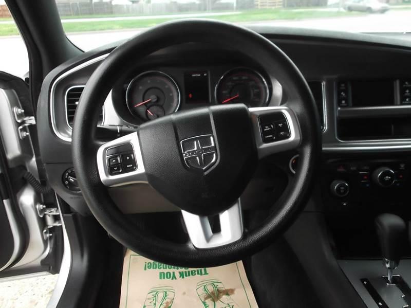 2012 Dodge Charger SE 4dr Sedan - Dearborn Heights MI