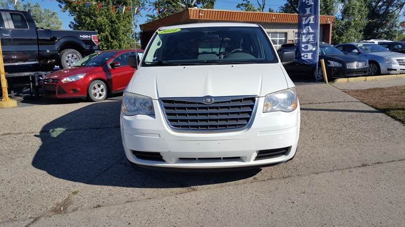 chrysler town and country 2010 battery