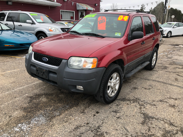 2004 Ford Escape for sale at Hwy 13 Motors in Wisconsin Dells WI