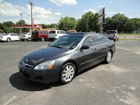2006 Honda Accord for sale at Preferred Auto Sales in Tyler TX