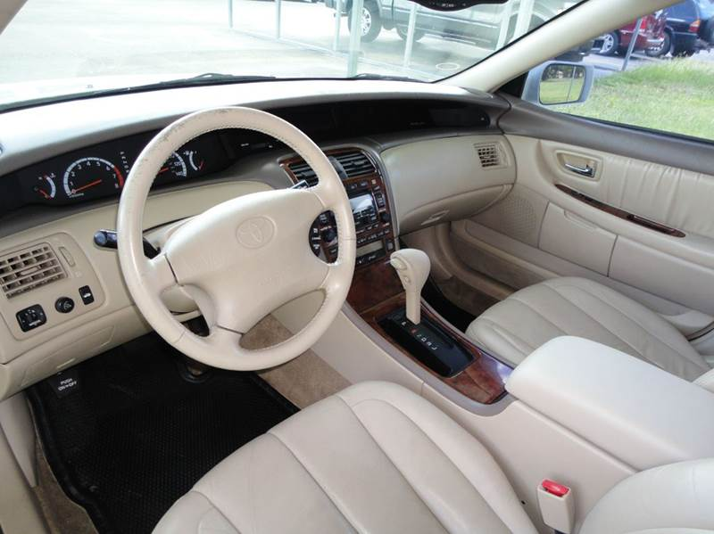 Toyota Avalon XLS Dr Sedan WBucket Seats In Tyler TX - 2001 avalon