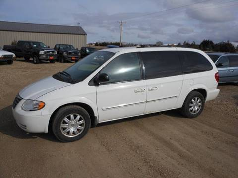 2007 Chrysler Town and Country for sale in Pierre, SD