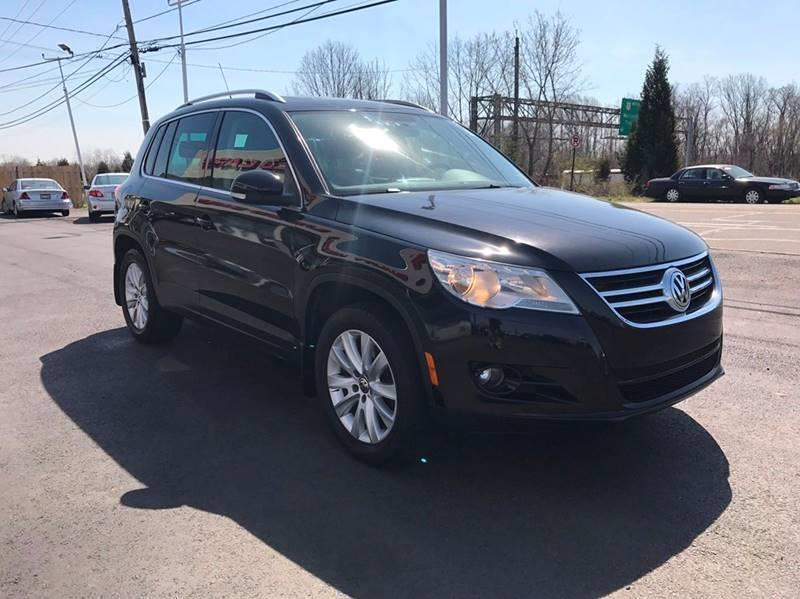 2009 Volkswagen Tiguan for sale at GRACE QUALITY USED CARS in Morrisville PA