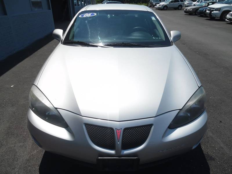 2006 Pontiac Grand Prix for sale at GRACE QUALITY USED CARS in Morrisville PA