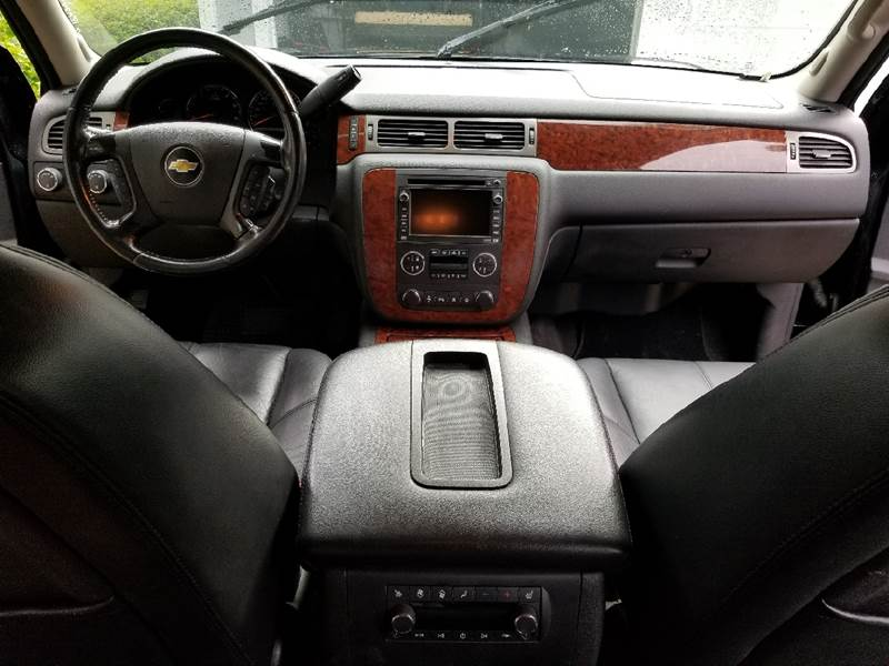 2008 Chevrolet Suburban 4x4 LTZ 1500 4dr SUV - Fort Walton Beach FL