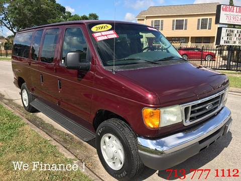 2005 Ford E-Series Wagon for sale in Houston, TX