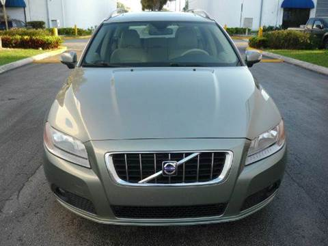 2008 Volvo V70 for sale at INTERNATIONAL AUTO BROKERS INC in Hollywood FL