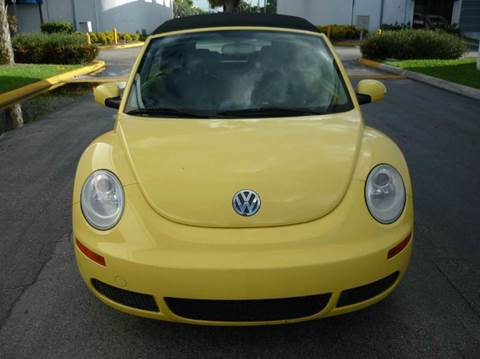 2007 Volkswagen New Beetle for sale at INTERNATIONAL AUTO BROKERS INC in Hollywood FL