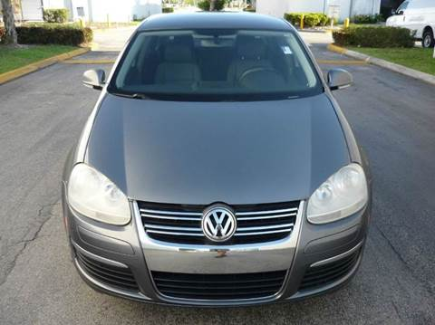 2006 Volkswagen Jetta for sale at INTERNATIONAL AUTO BROKERS INC in Hollywood FL