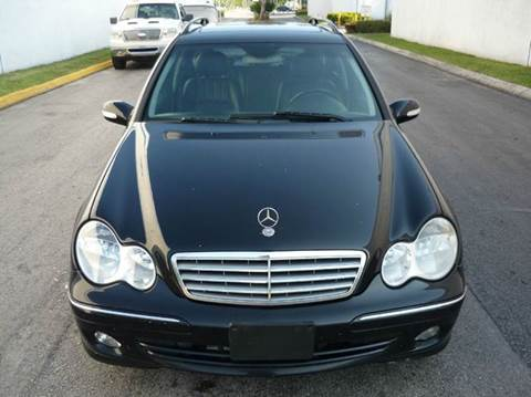 2005 Mercedes-Benz C-Class for sale at INTERNATIONAL AUTO BROKERS INC in Hollywood FL